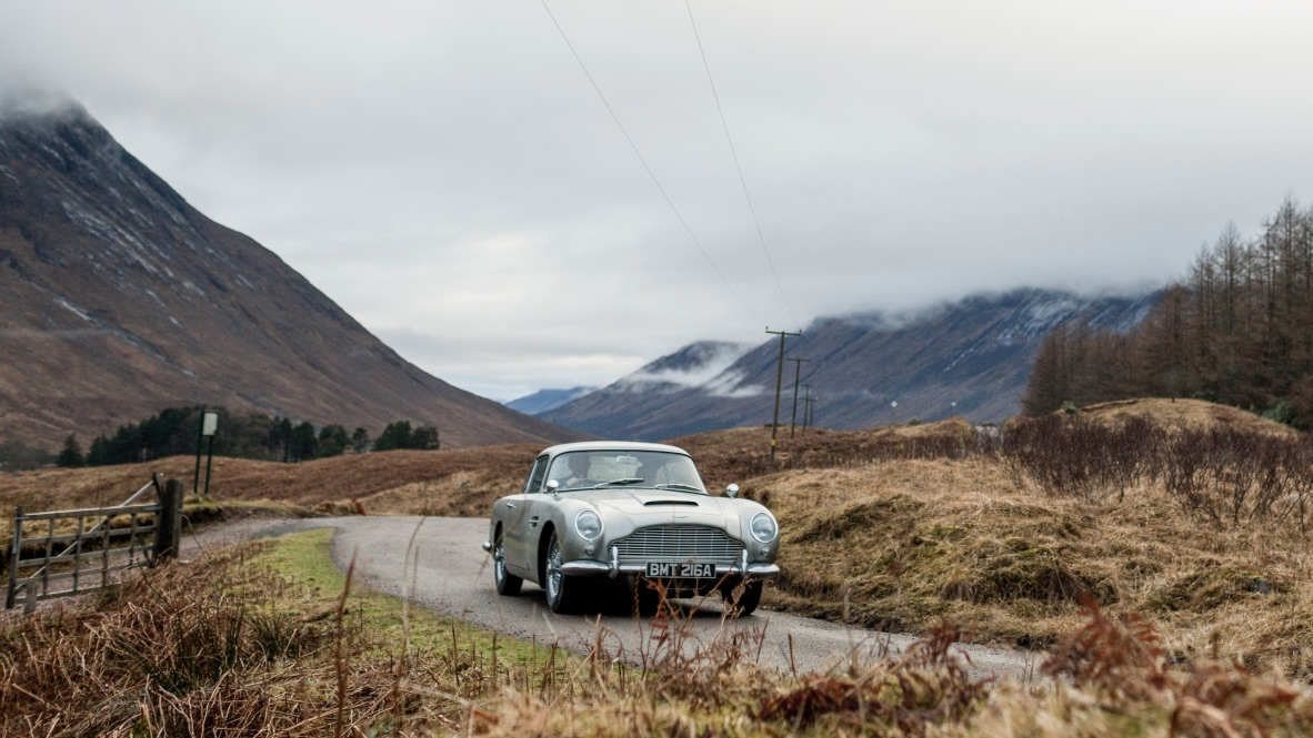 Aston Martin brings back the DB5