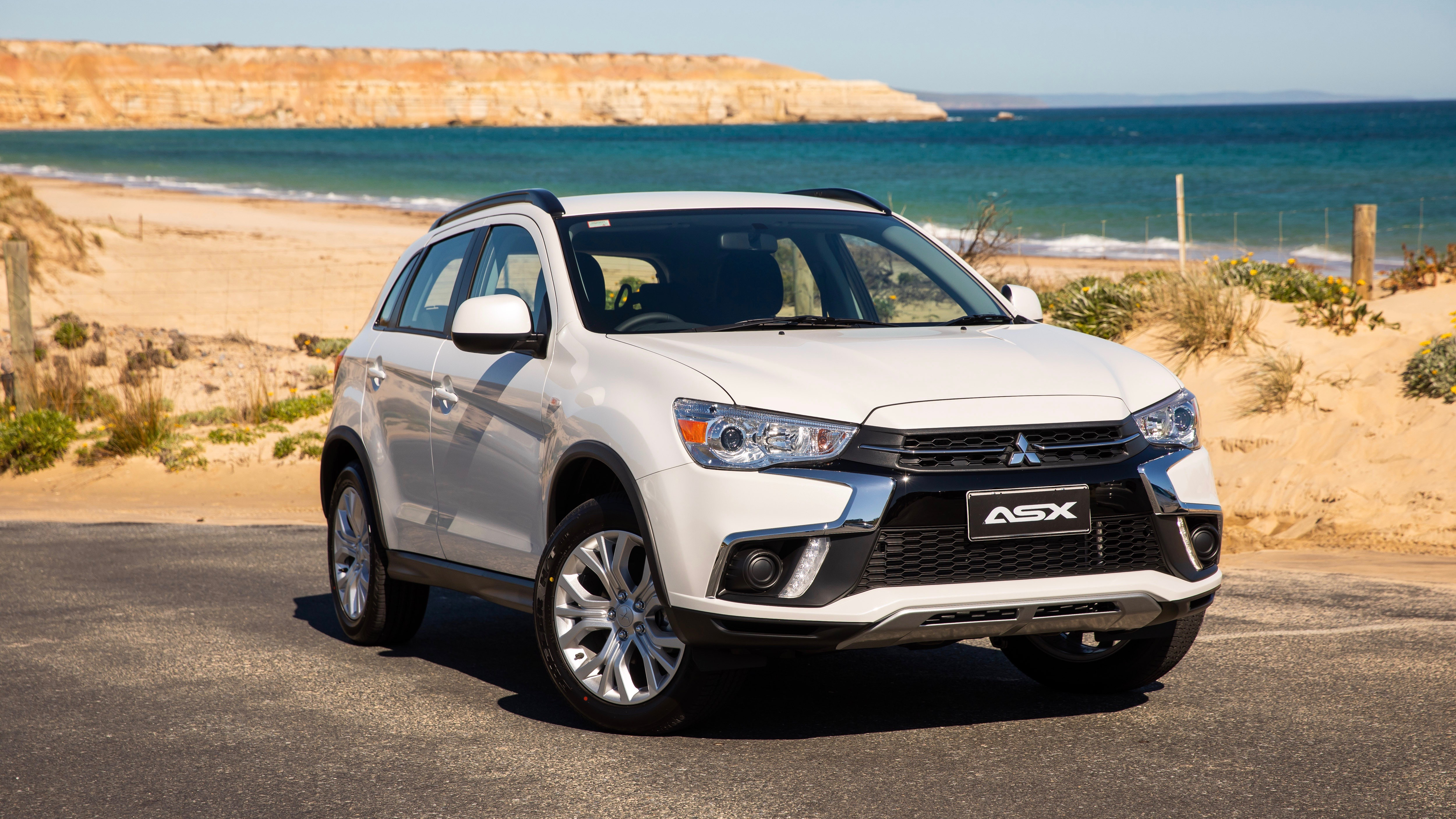 Mitsubishi ASX lives to fight another year