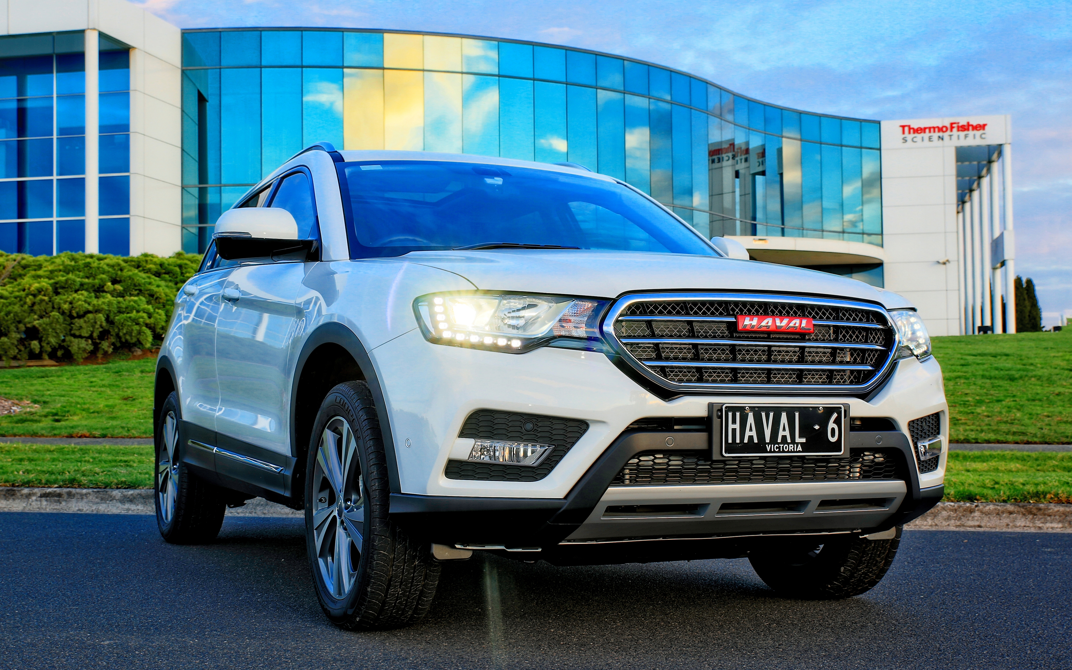 Haval cuts price of H2 and H6 SUVs