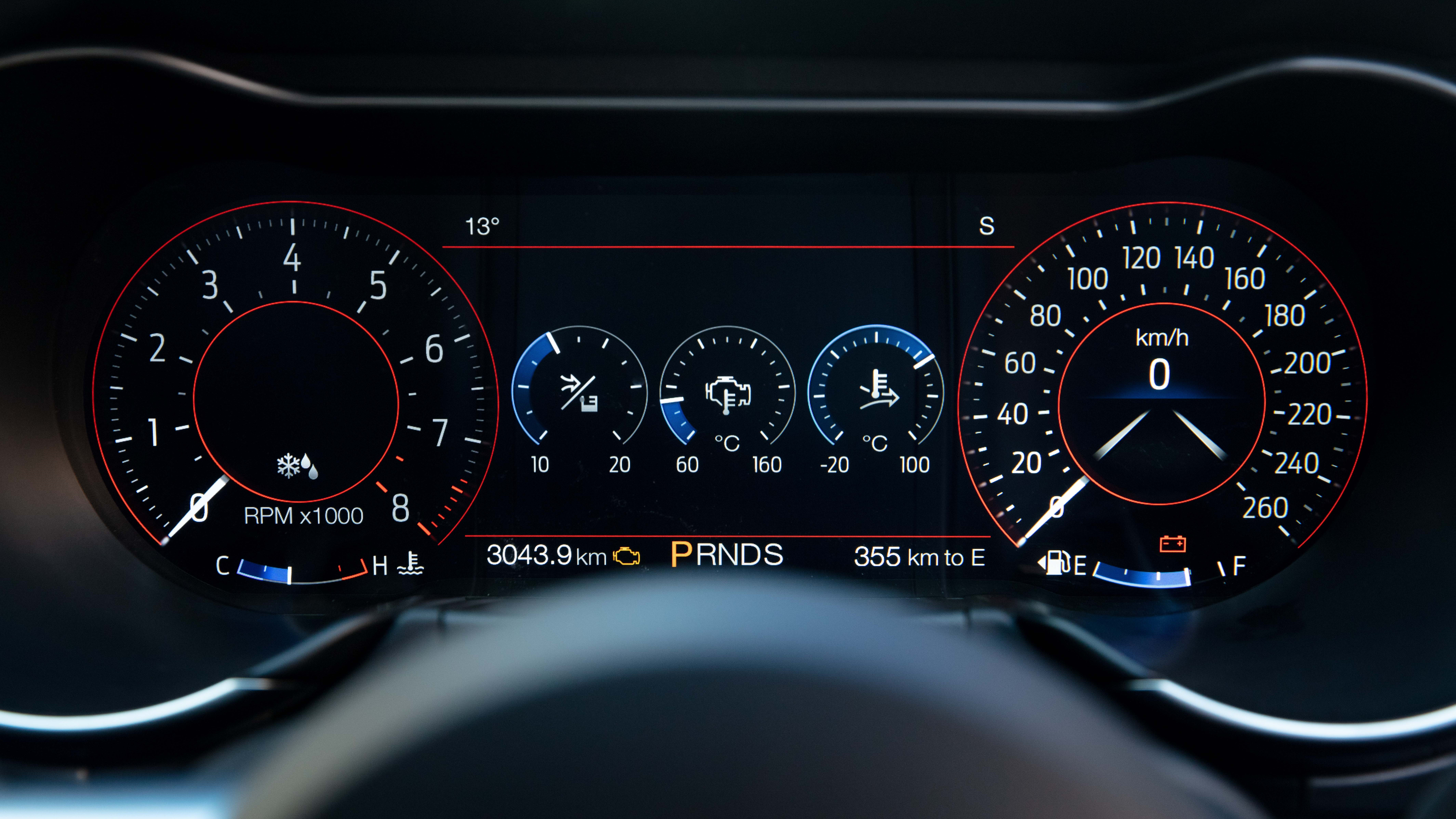2018 Ford Mustang digital dashboard - Normal layout.
