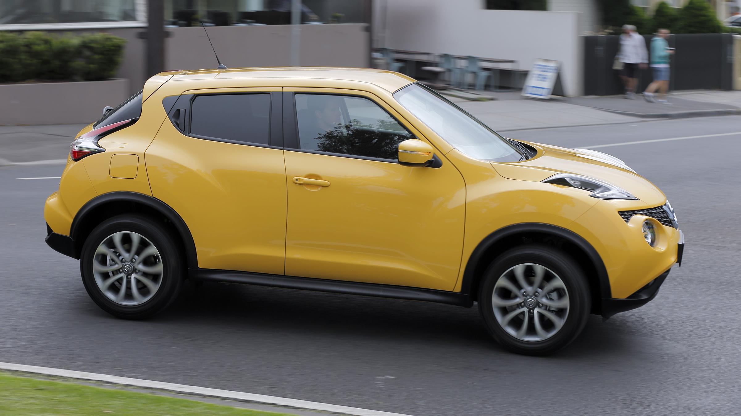 2015 Nissan Juke ST.