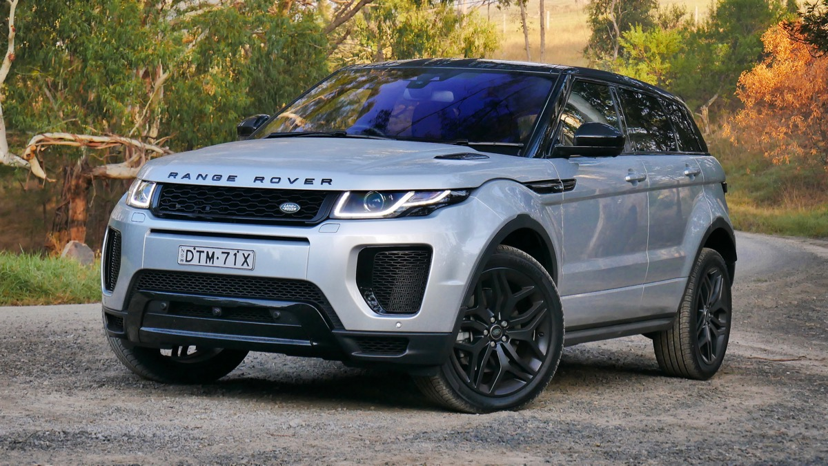 2018 Range Rover Evoque 290 HSE Dynamic reviewed