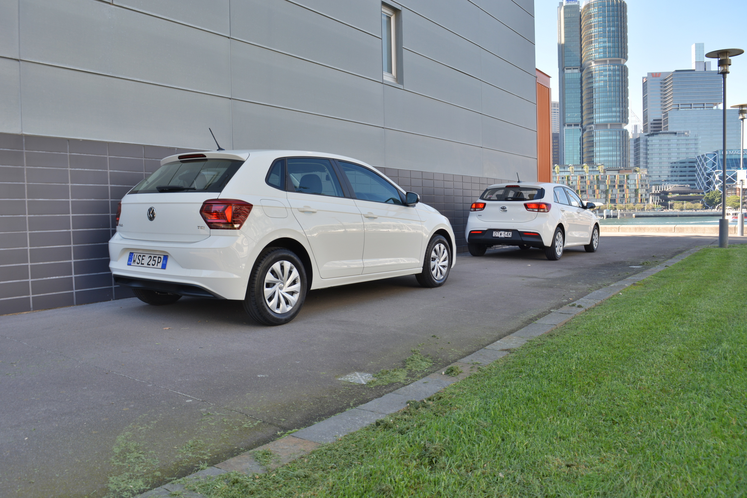 2018 Volkswagen Polo v Kia Rio.