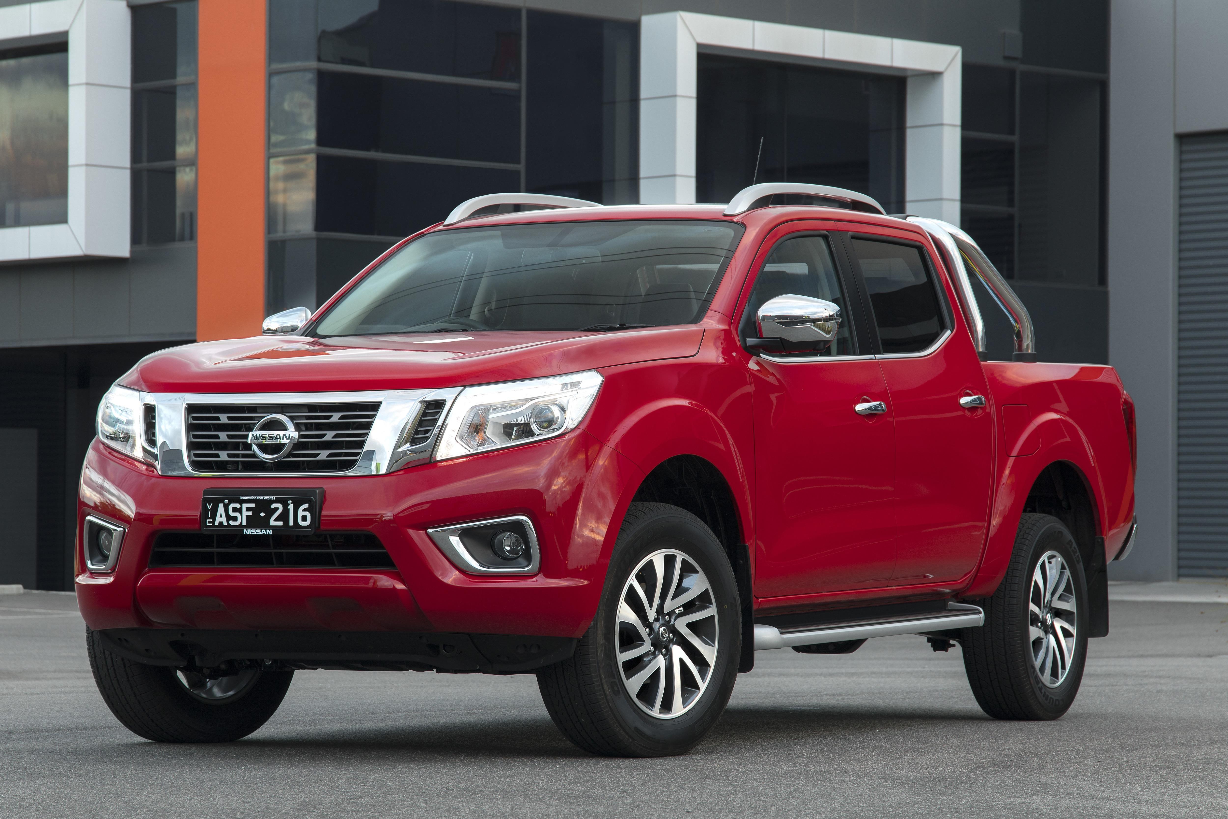 2018 Nissan Navara ST-X new car review
