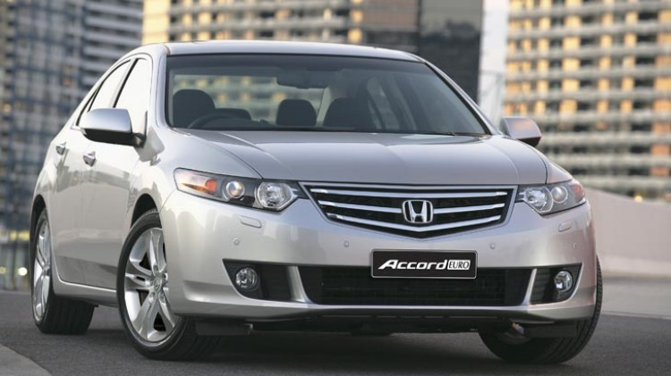 2008 Honda Accord Euro.