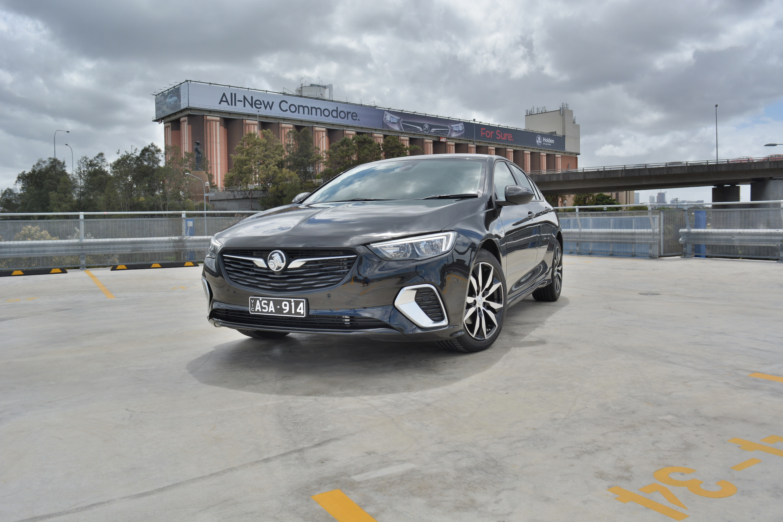 2018 Holden Commodore RS 2.0T new car review