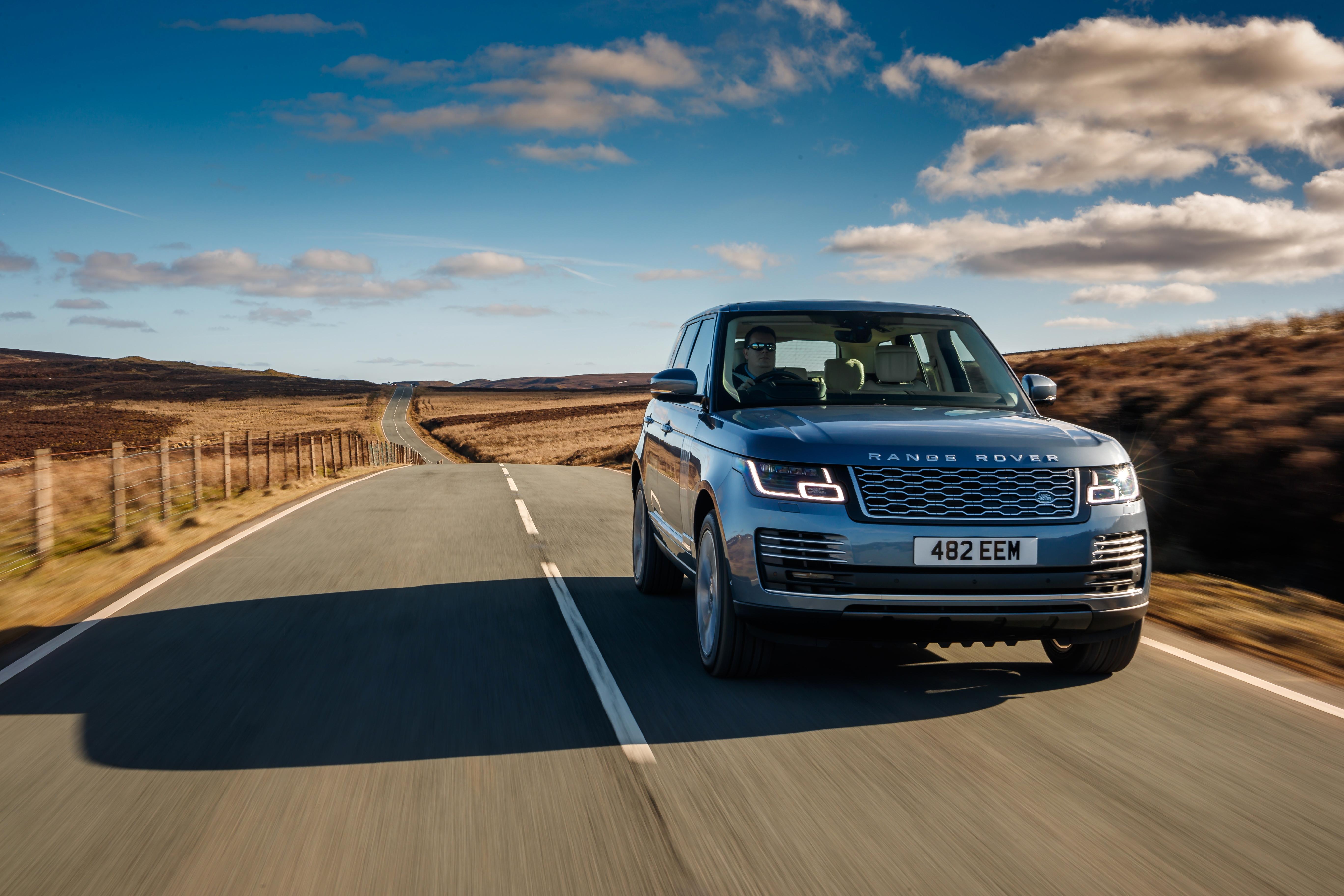 2018 Range Rover PHEV new car review