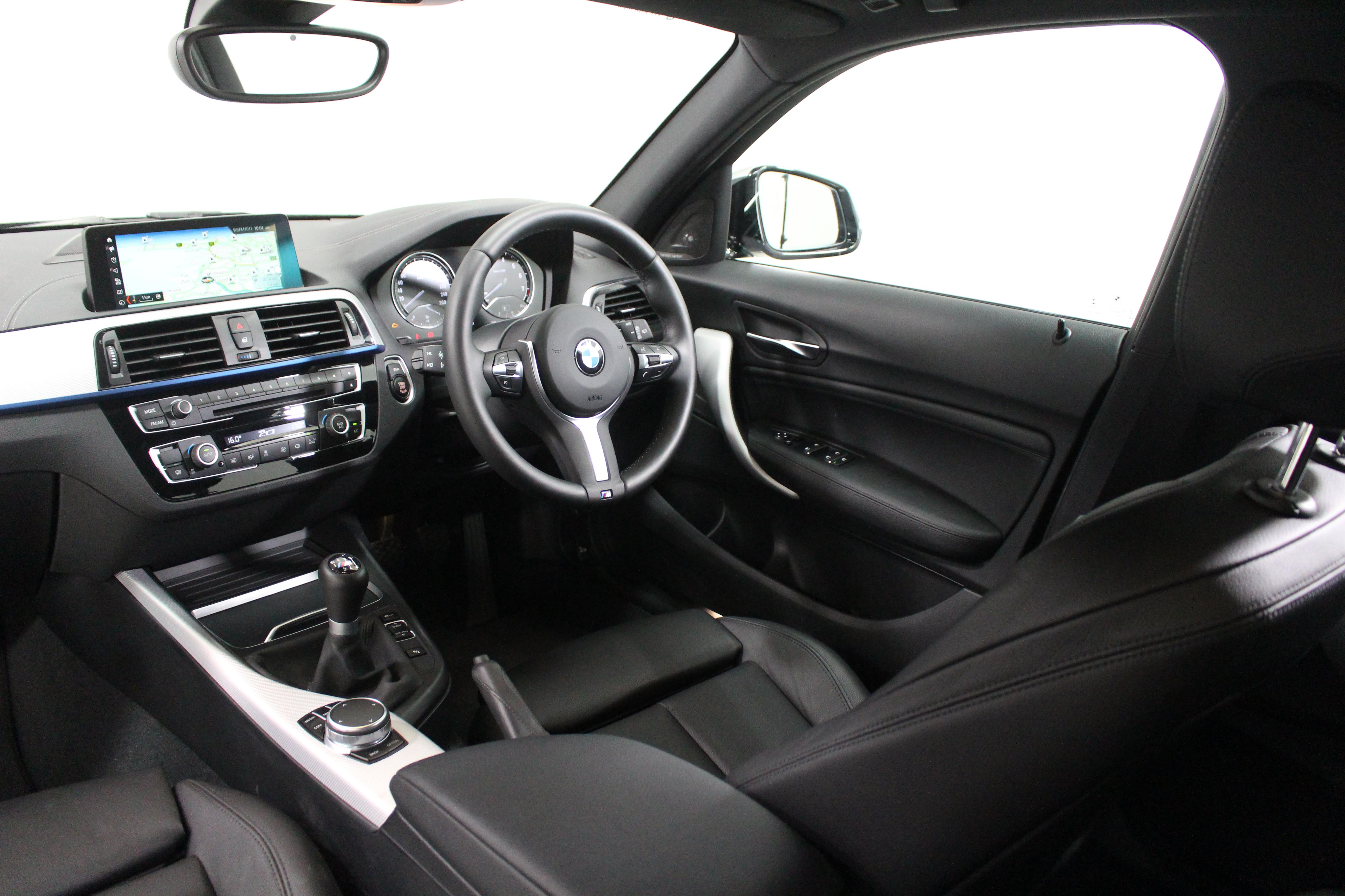 BMW M140i.