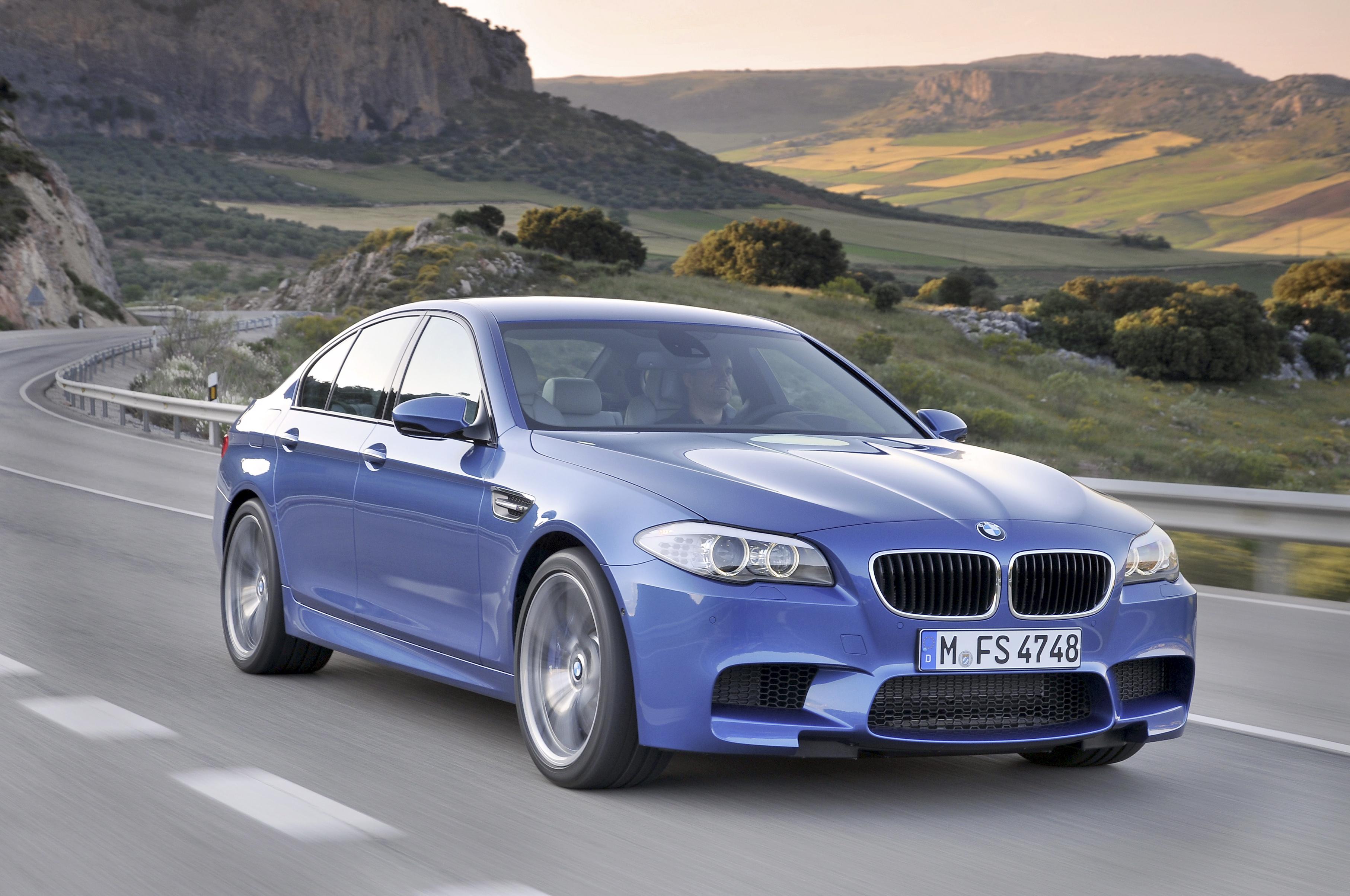 2012 BMW M5.
