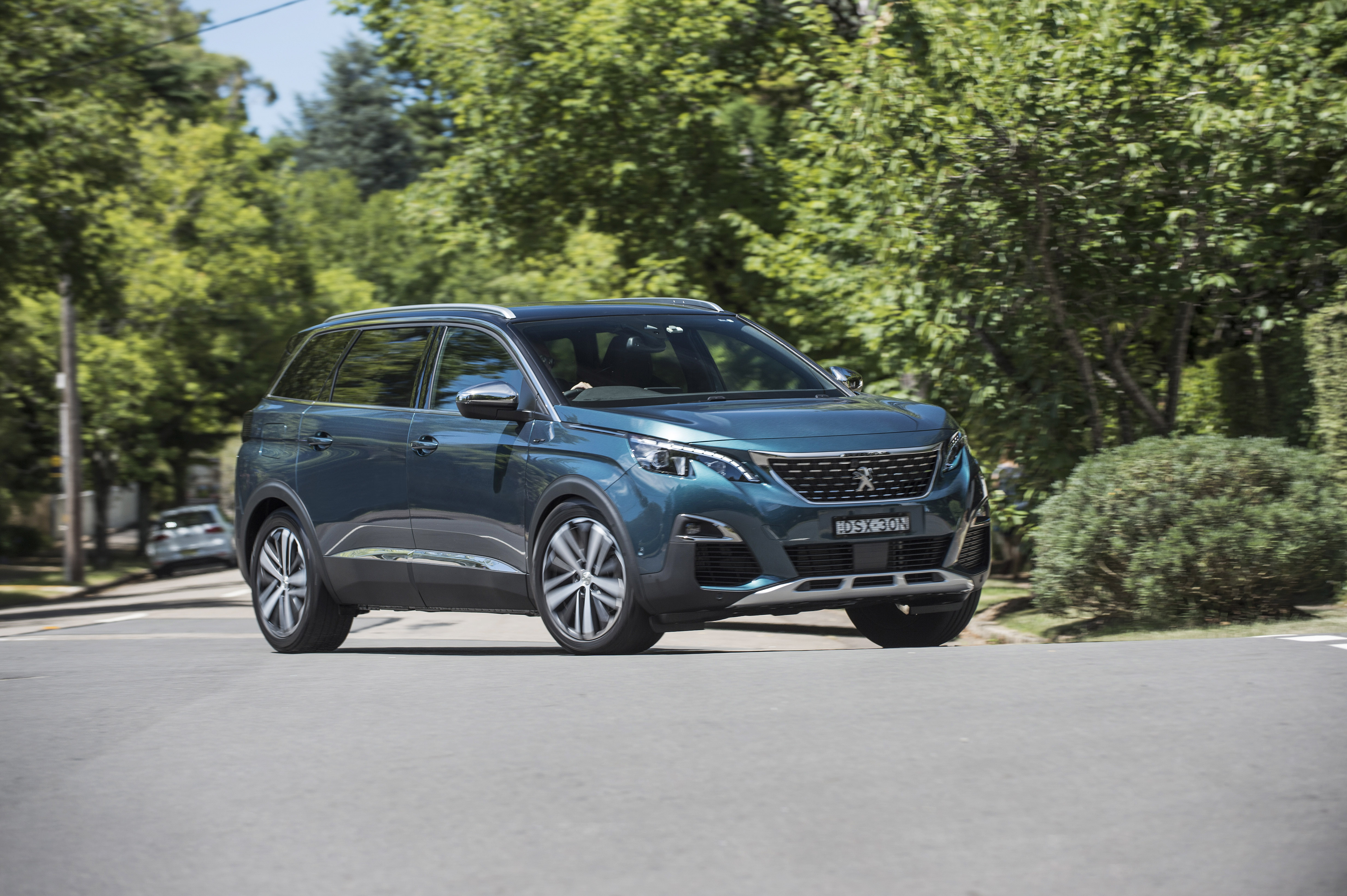2018 Peugeot 5008 first drive review