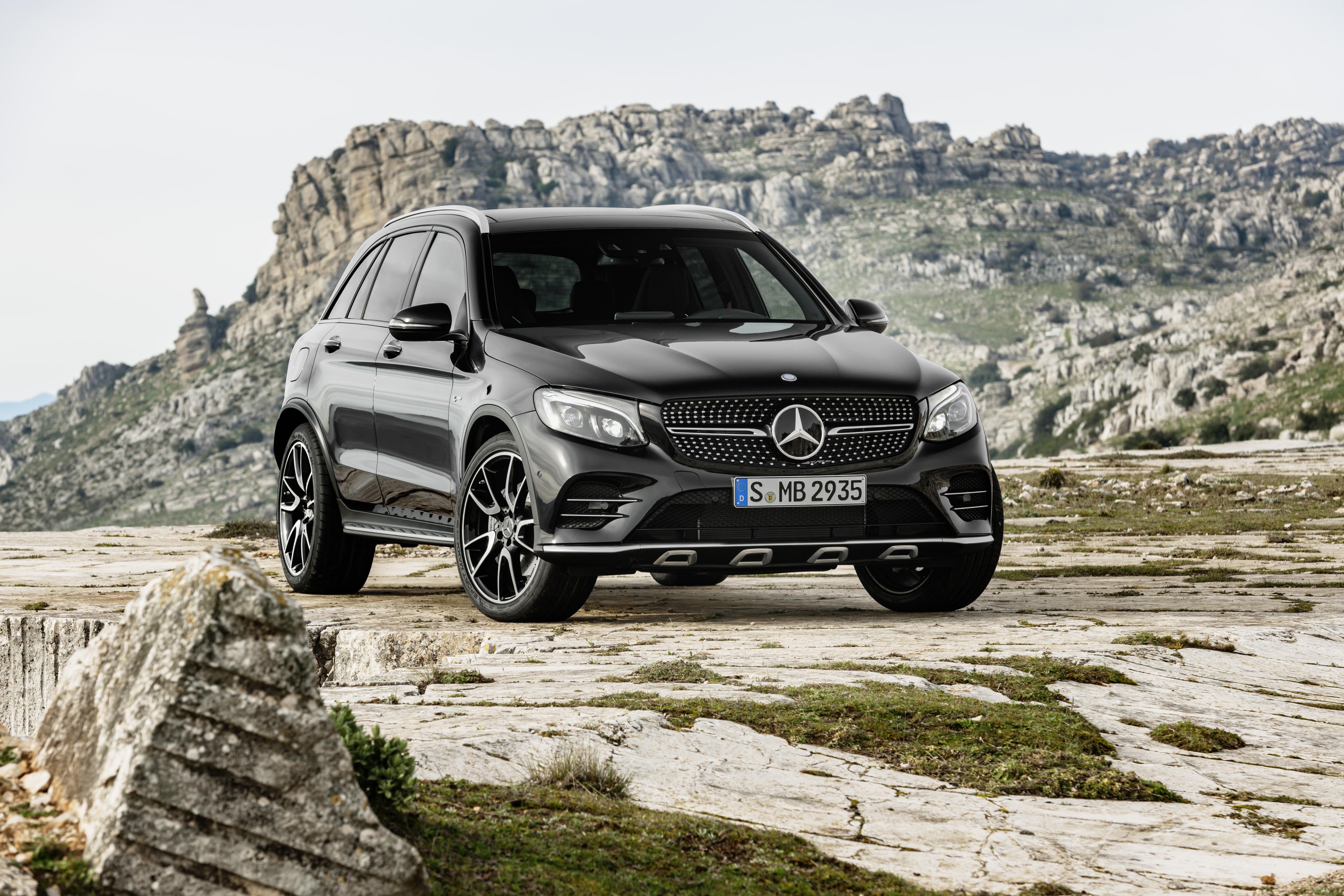 Mercedes-AMG GLC43.