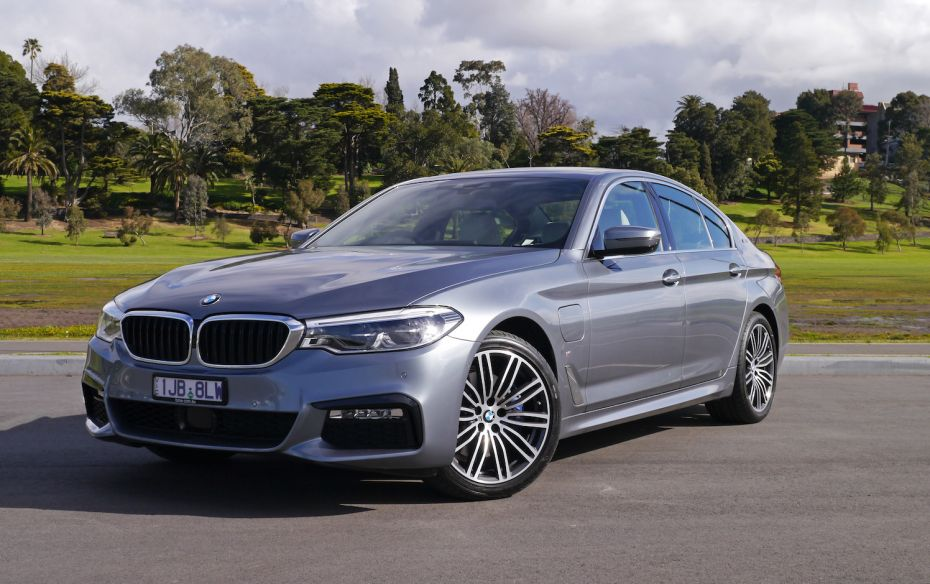 2017 BMW 530e Review | An Almost Compromise-Free Green Option