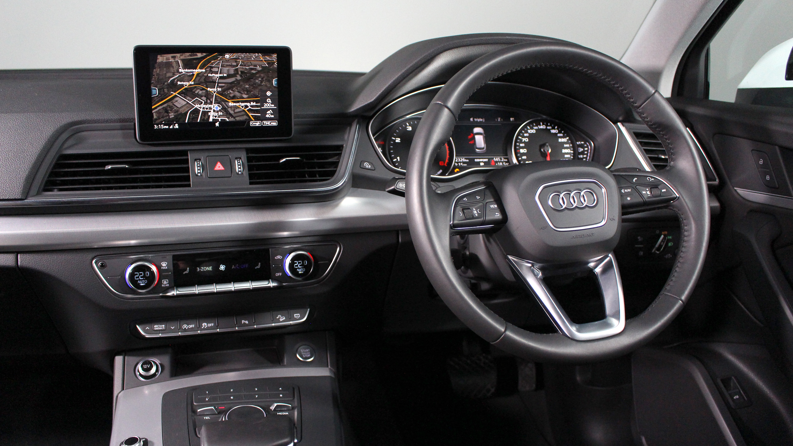 The Q5's interior is a pleasant place to be.