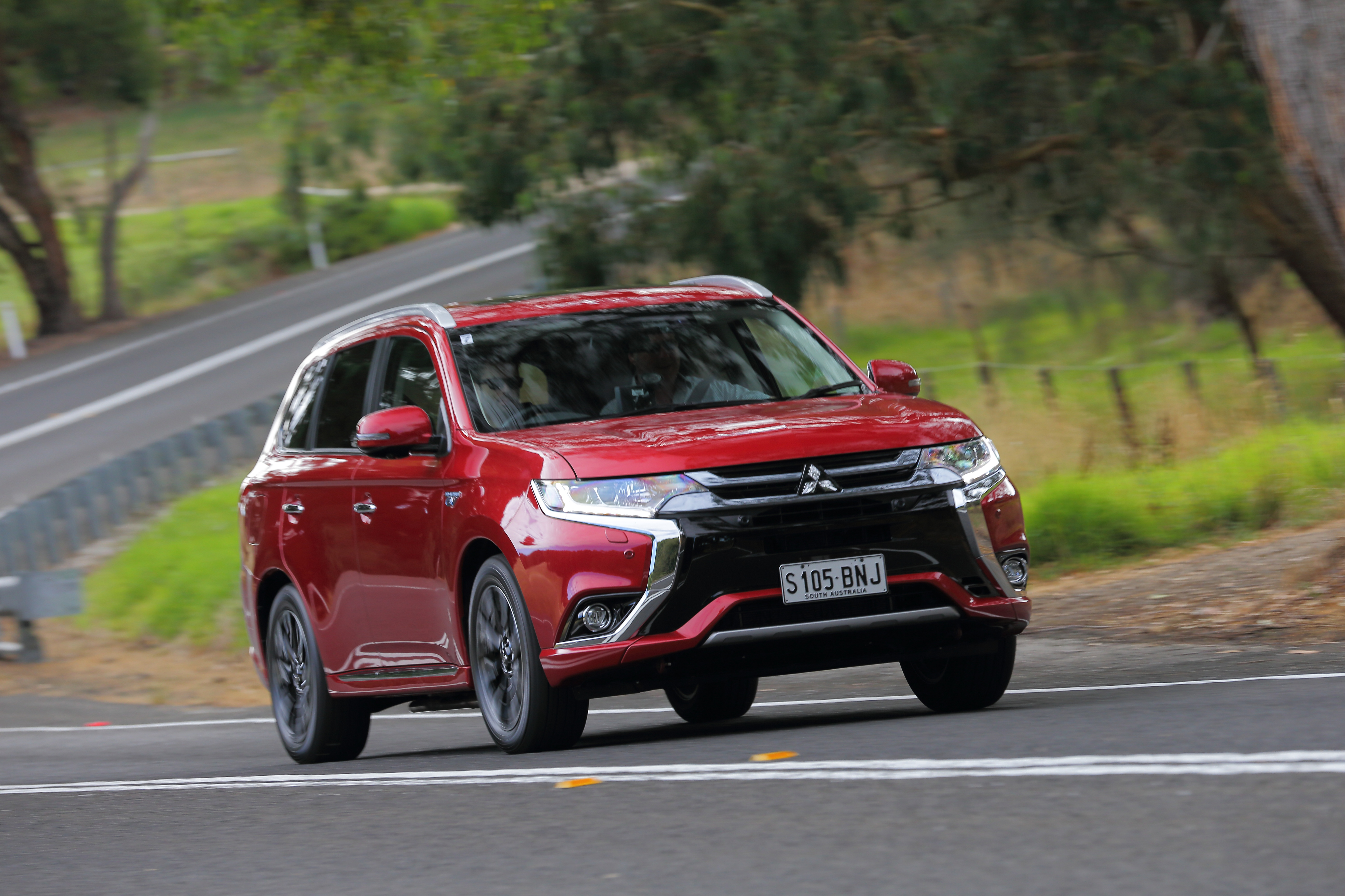 Mitsubishi Outlander PHEV Exceed she says, he says review