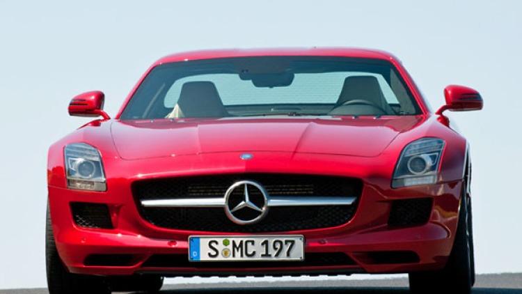 2010 Mercedes-Benz Gullwing SLS AMG