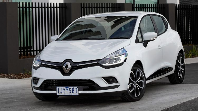 2017 Renault Clio.