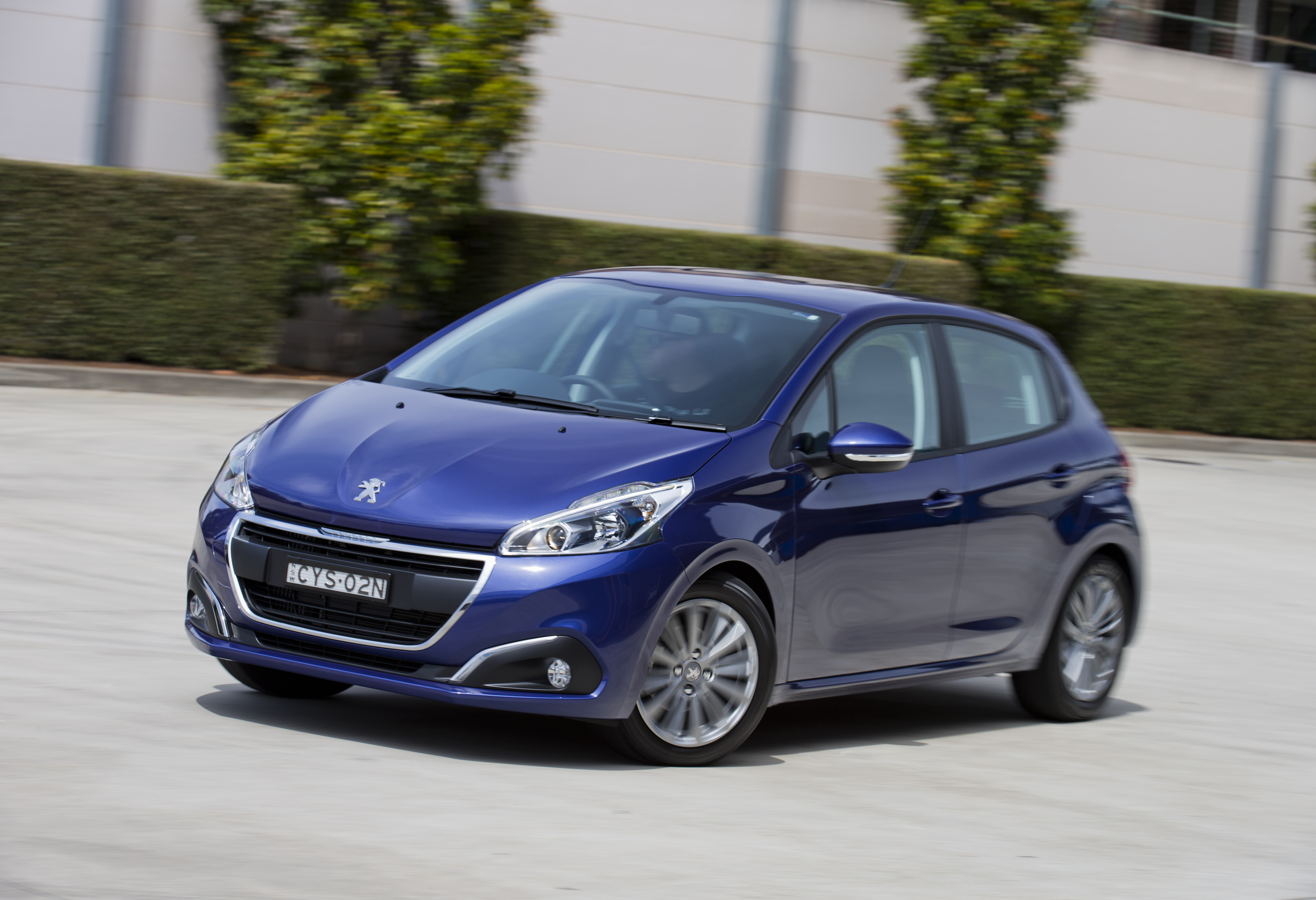 Peugeot cuts 208 and 2008 prices