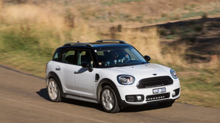 2017 Mini Countryman Cooper road test review