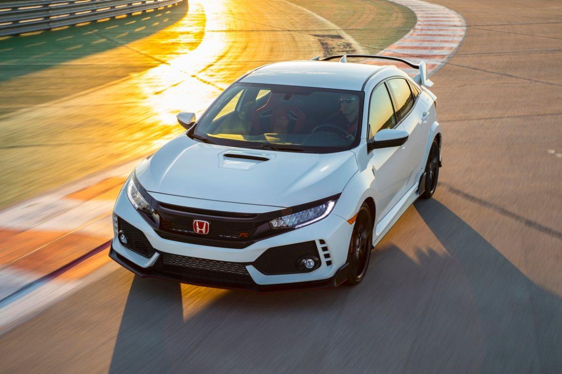 2017 Honda Civic Type R.