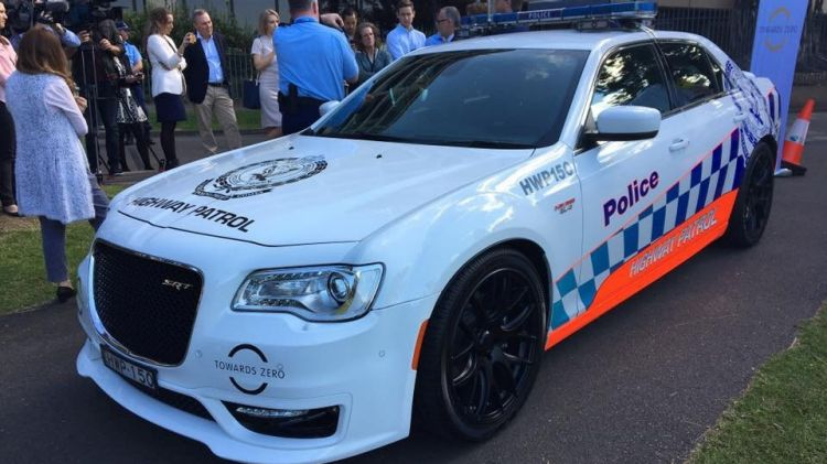 NSW Police take delivery of Hemi-powered Chrysler 300