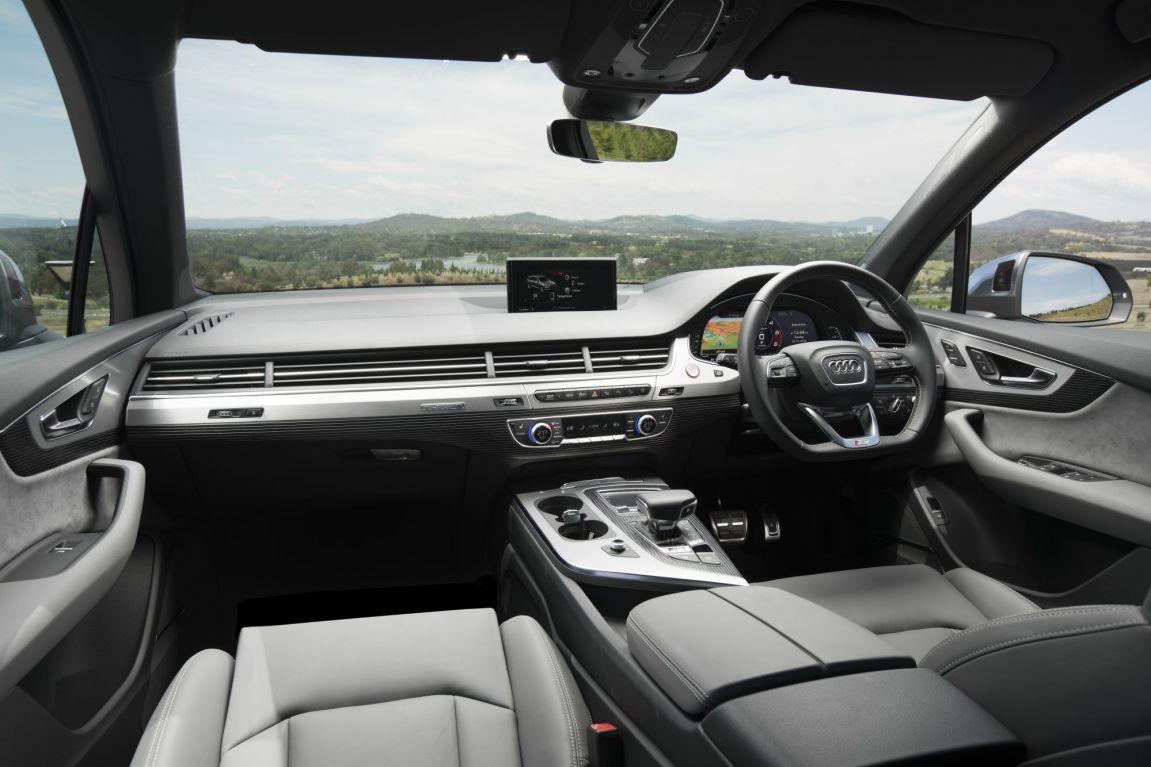 2016 Audi SQ7.
