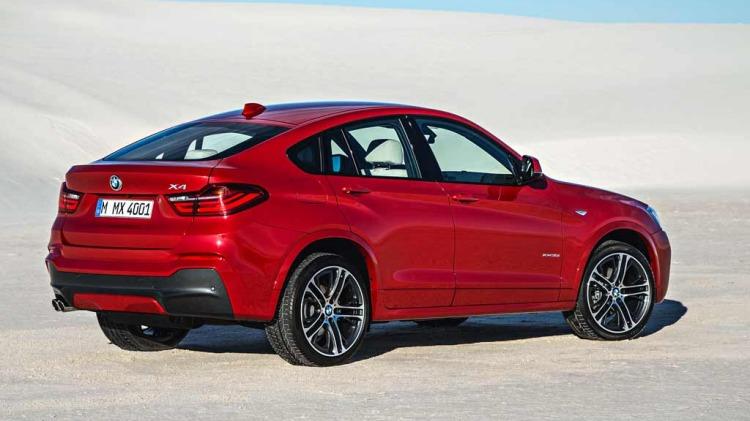 BMW X4.