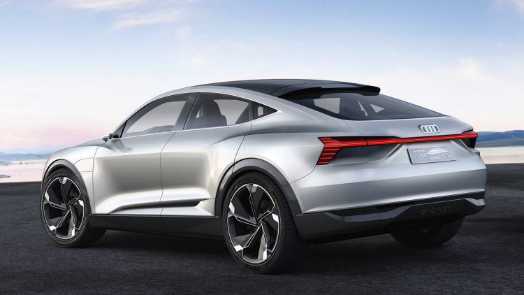 The concept promises wireless charging and 500 kilometres of range.