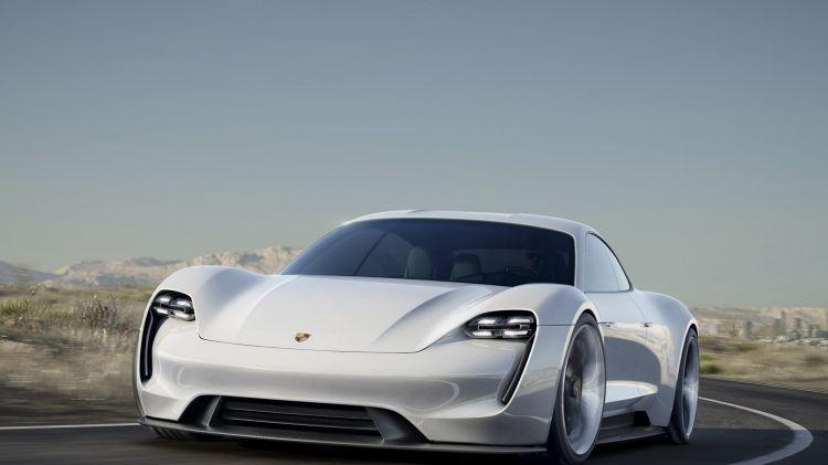 Porsche to offer full range of Mission E models
