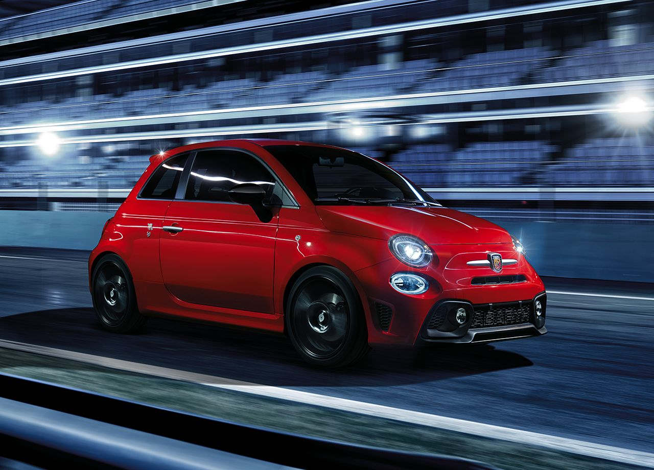 Abarth To Heat Up Geneva With 595 Pista And 695 Yamaha XSR Limited Edition Models