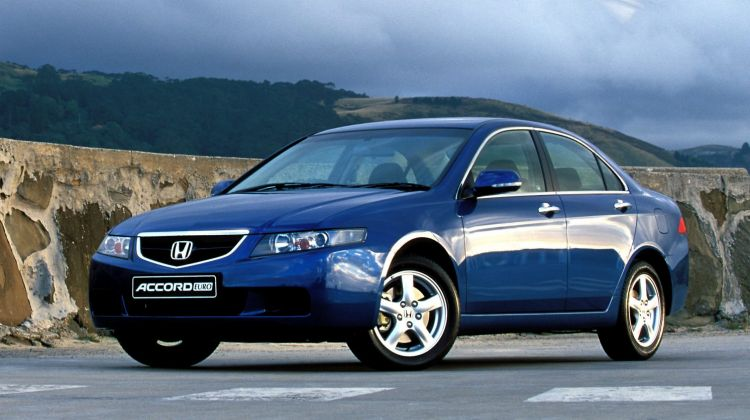 2003 Honda Accord Euro.
