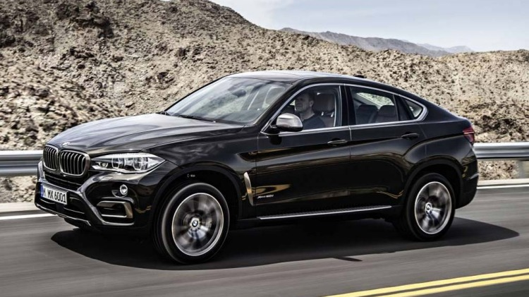 BMW X6.