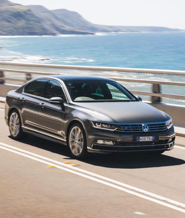 2015 Volkswagen Passat. Volkswagen Passat 206 TSI R-Line