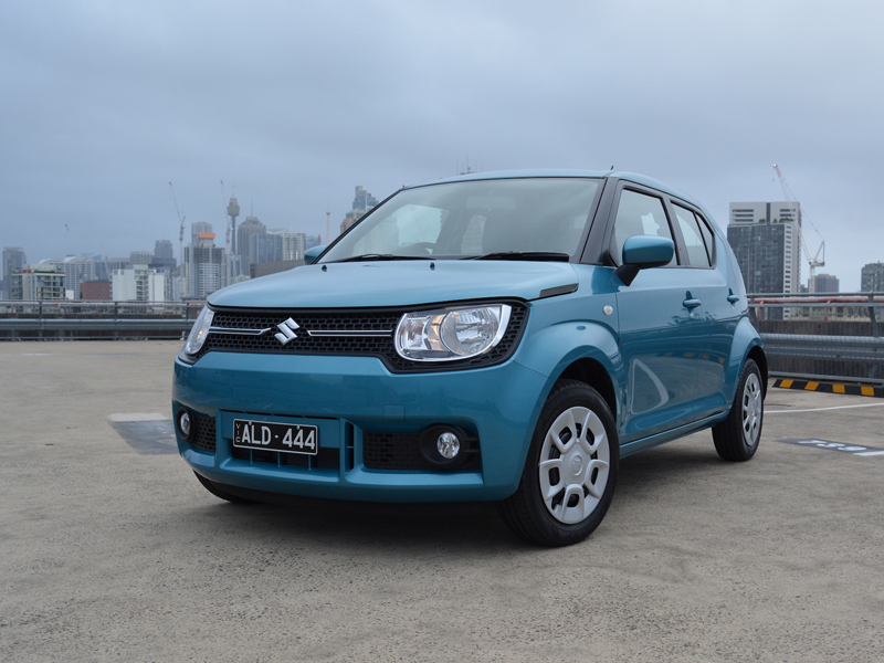 2017 Suzuki Ignis GL REVIEW - Squished Hatch Doesn't Set a New Benchmark