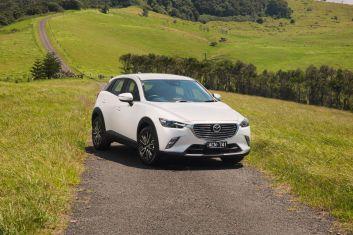 2017 Mazda CX-3 s Touring.