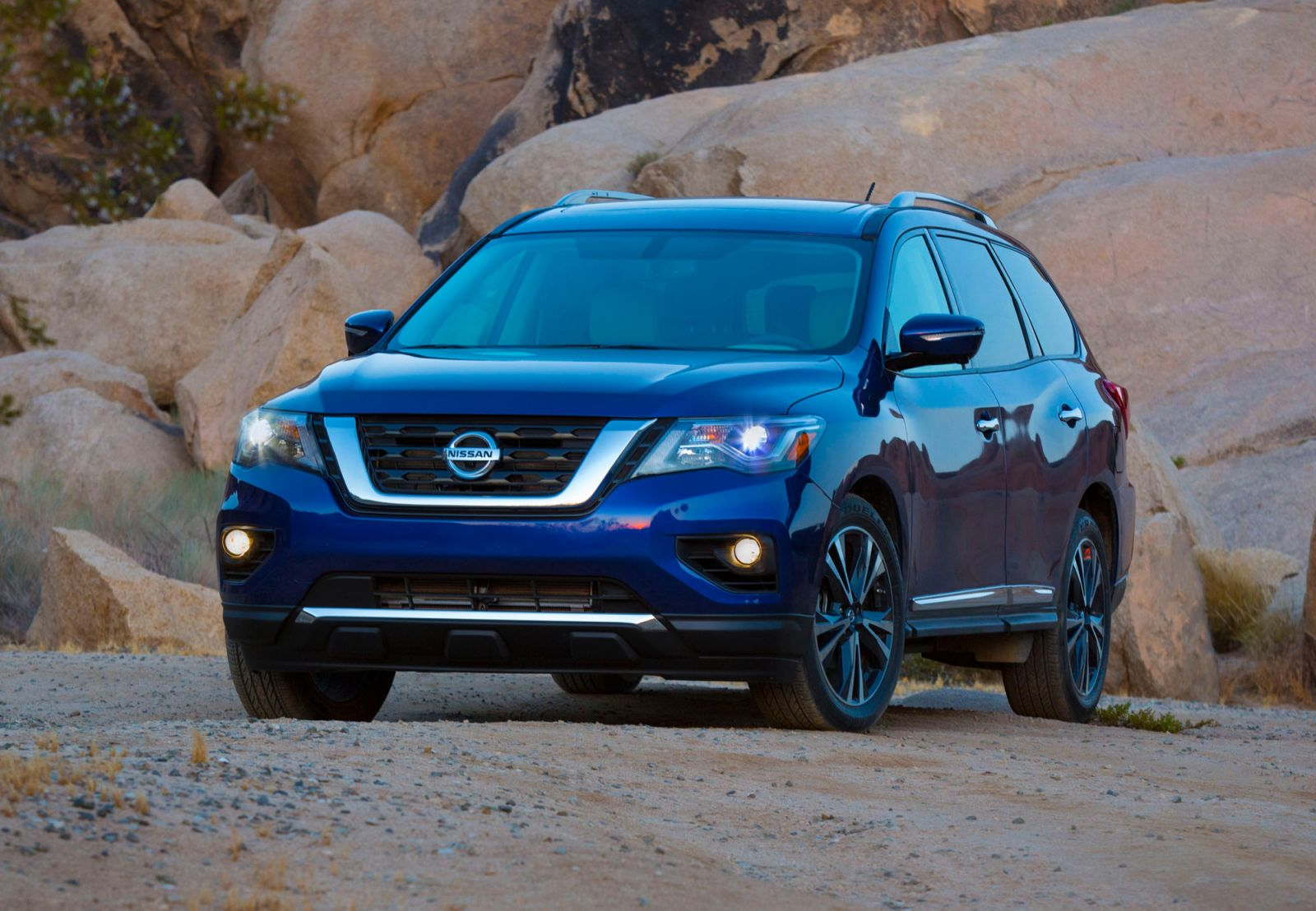 2017 Nissan Pathfinder - Price And Features For Updated Large SUV