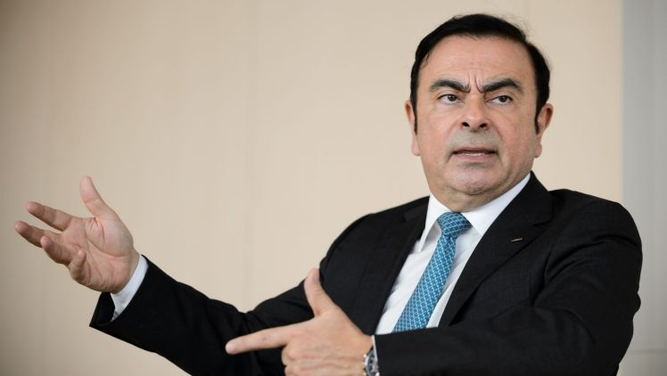 Renault boss Carlos Ghosn targeted in French diesel probe