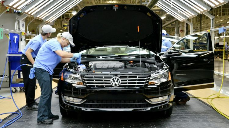Volkswagen passes Toyota as world's largest automaker despite scandal