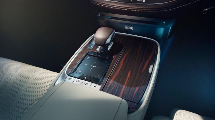 Lexus LS interior shot shows an EV mode.
