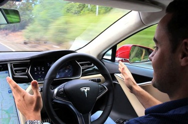 Self-driving cars must be twice as safe as humans: US authorities