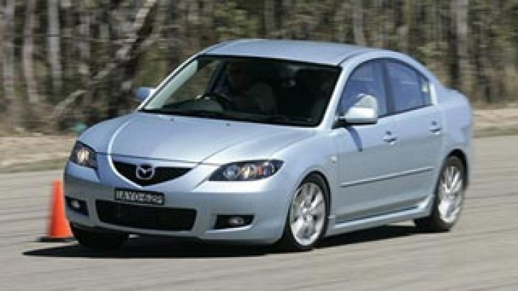 dCOTY 2006: Best Small Car over $20,000 winner, Mazda 3 Maxx Sport