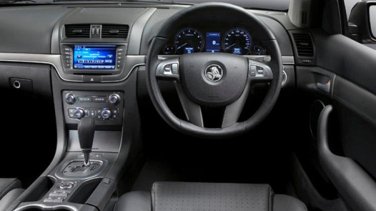 Holden Redline Calais V
