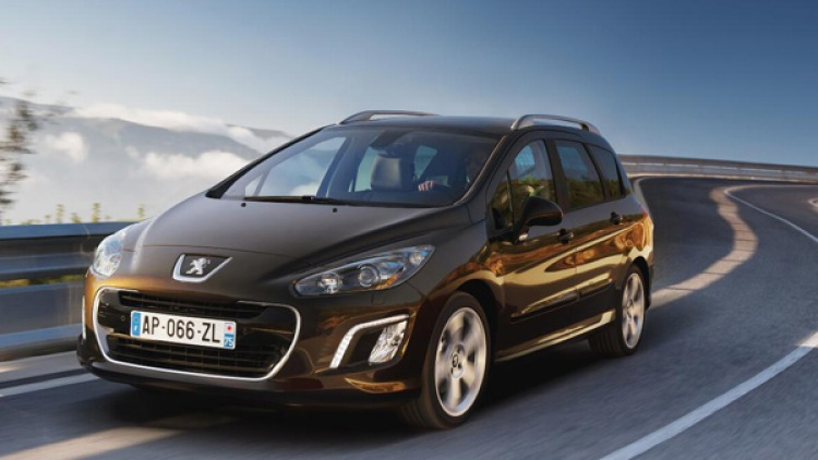 The new Peugeot 308 SW.