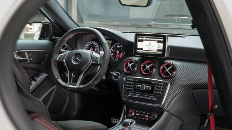 Mercedes-Benz A45 AMG.