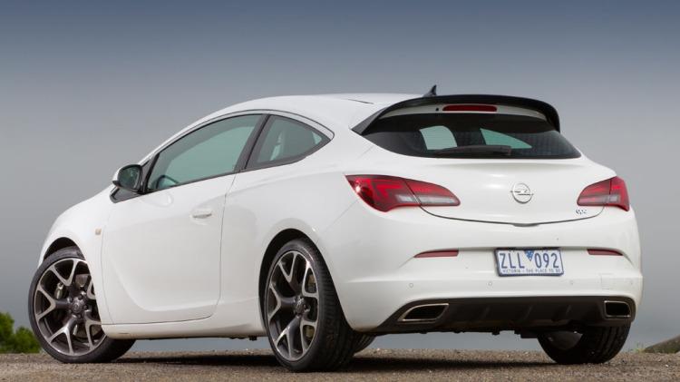 Opel Astra OPC.