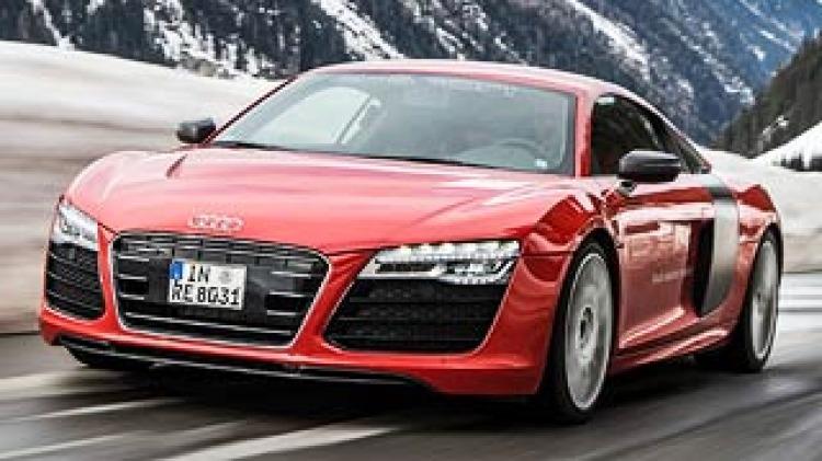 First drive review: Audi R8 e-tron