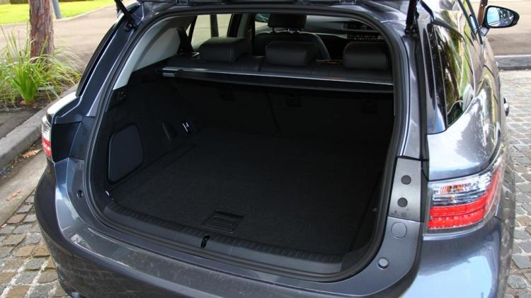 Lexus CT200h Luxury.