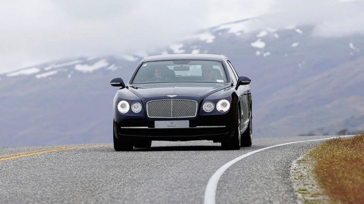 Bentley Flying Spur.