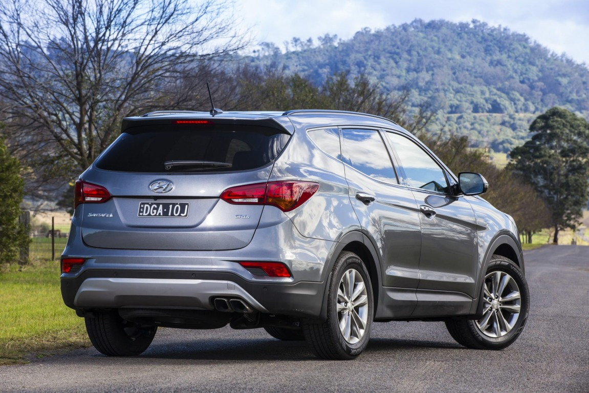 The Hyundai Santa Fe.