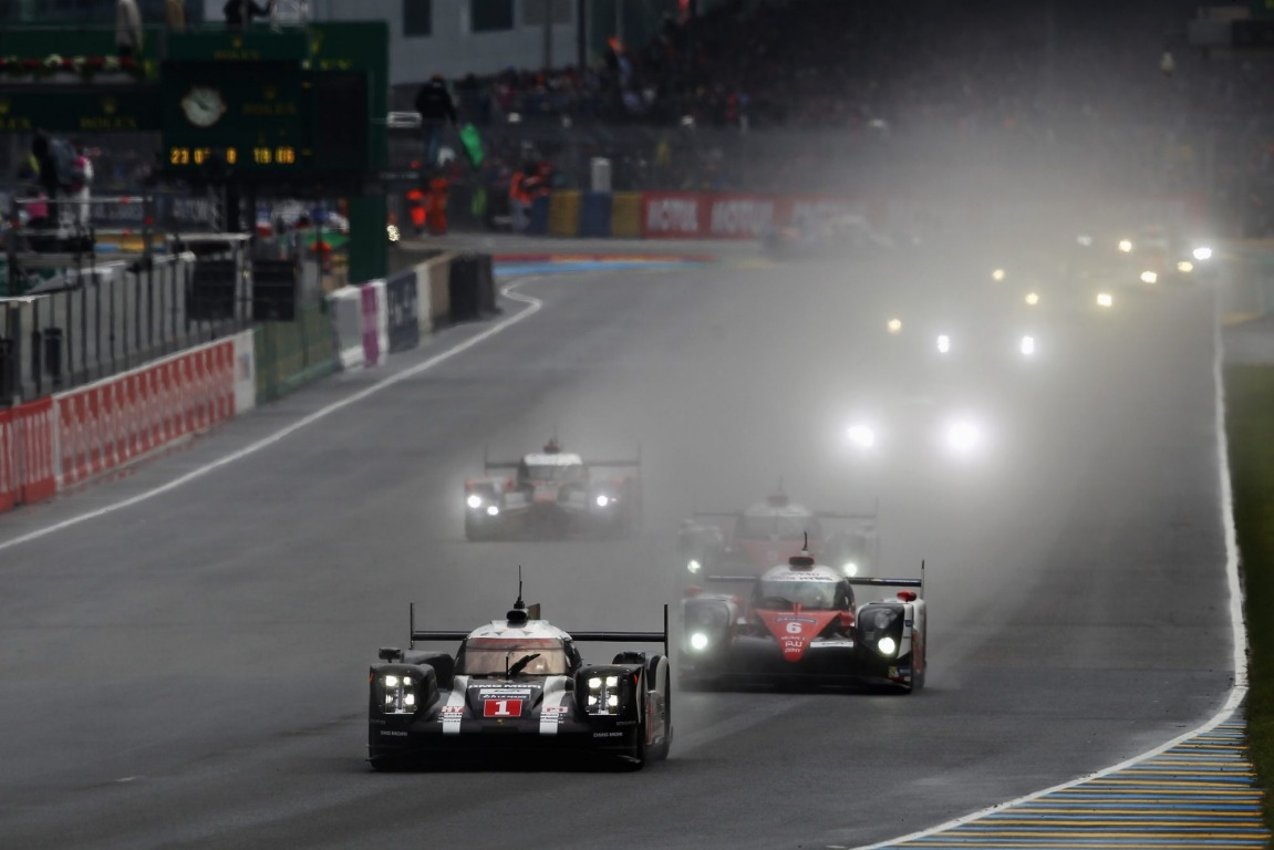 The Porsche Team 919 Hybrid of Mark Webber briefly lead the race before encountering mechanical problems.