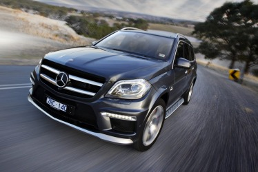 Mercedes-Benz considering luxury Maybach SUV
